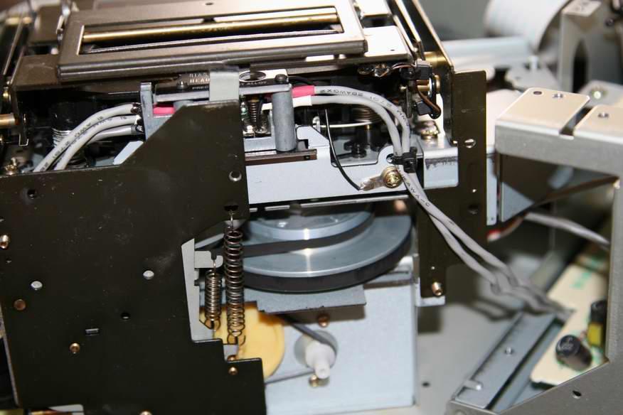 Xk-s7000_mechanika.jpg.13911956093bede5a19b18339bb72d36.jpg