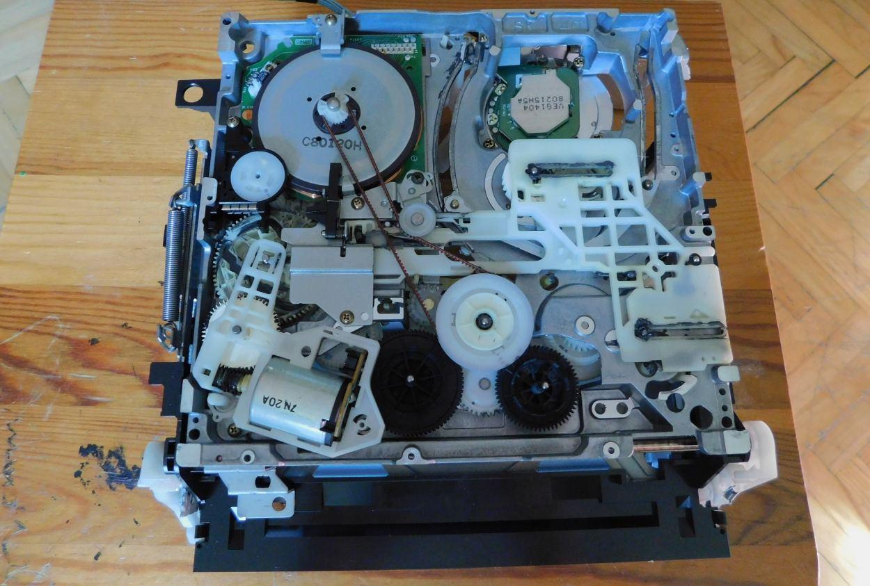 DSCN1228.JPG.9acc8692c4318b3b86b18f49d74e8ec1.JPG